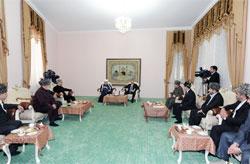 Открытие отреставрированной мечети в Баку