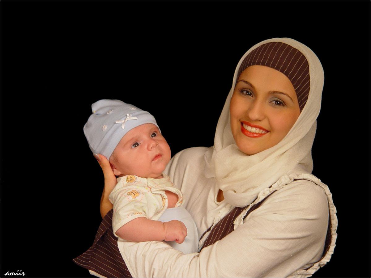 Чеченки в чем мать родила голые 18 фотография